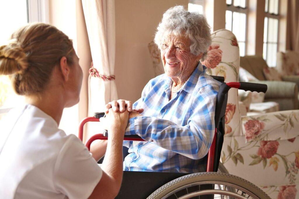 uhod-za-invalidami