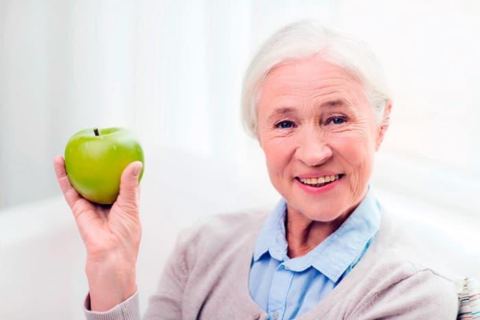 уход за зубами у престарелых