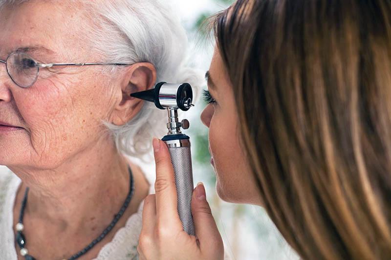 слух в преклонном возрасте