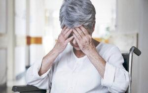 когнитивные сбои у пожилых людей