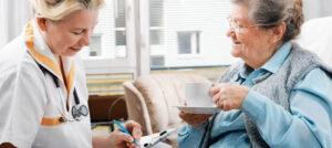 медицинский осмотр пожилых людей
